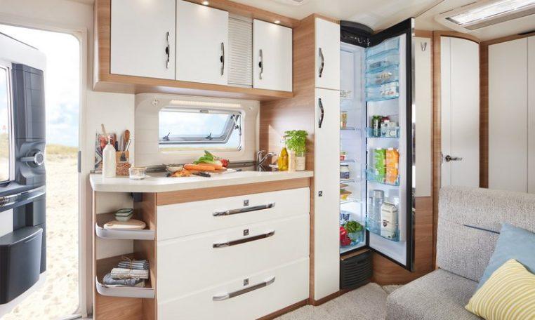 Hobby 545 KMF De Luxe model 2022 interieur binnenkant cannenburg 2