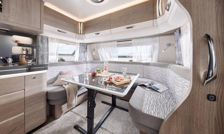 Hobby 720 KWFU Prestige model 2022 interieur binnenkant cannenburg4