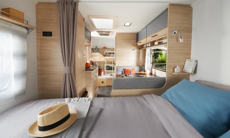 Caravelair Alba Style 466 modeljaar 2022 interieur 1